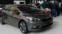 19e salon international de l'automobile d'Alger : KIA Cerato 5 portes en guest-star