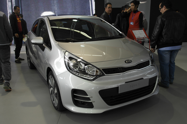 la kia rio facelift 2015 18e salon international de l automobile d alger webstar auto. Black Bedroom Furniture Sets. Home Design Ideas