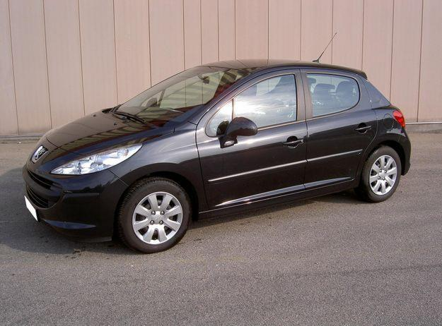 annonce automobile occasion alg rie peugeot 207 essence ann e 2008 sidi bel abb s alg rie. Black Bedroom Furniture Sets. Home Design Ideas